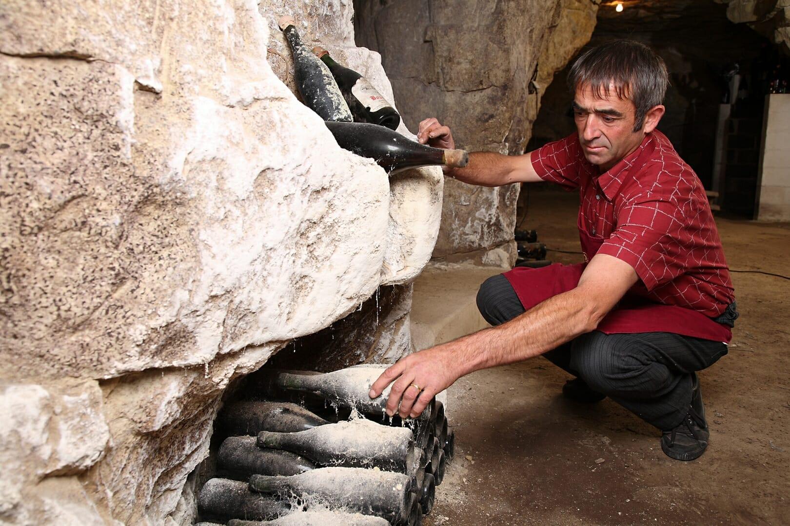 Le Bourg de Paille Henri BOURDIN visite en cave